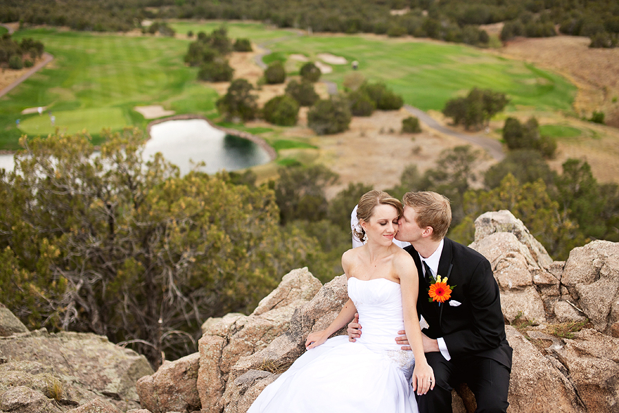 Paako Ridge Golf Course Wedding portrait of bride and groom at 19th hole