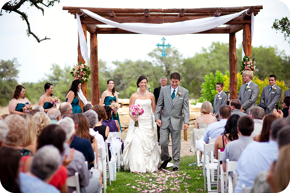Beautiful Texas Hill Country outdoor wedding