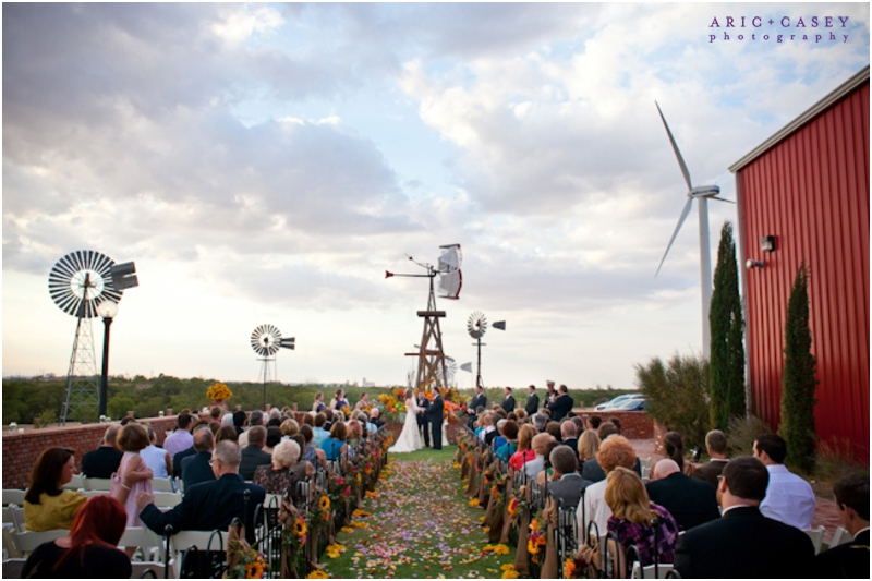 lubbock wind power museum wedding with college flowers and aric and casey photography