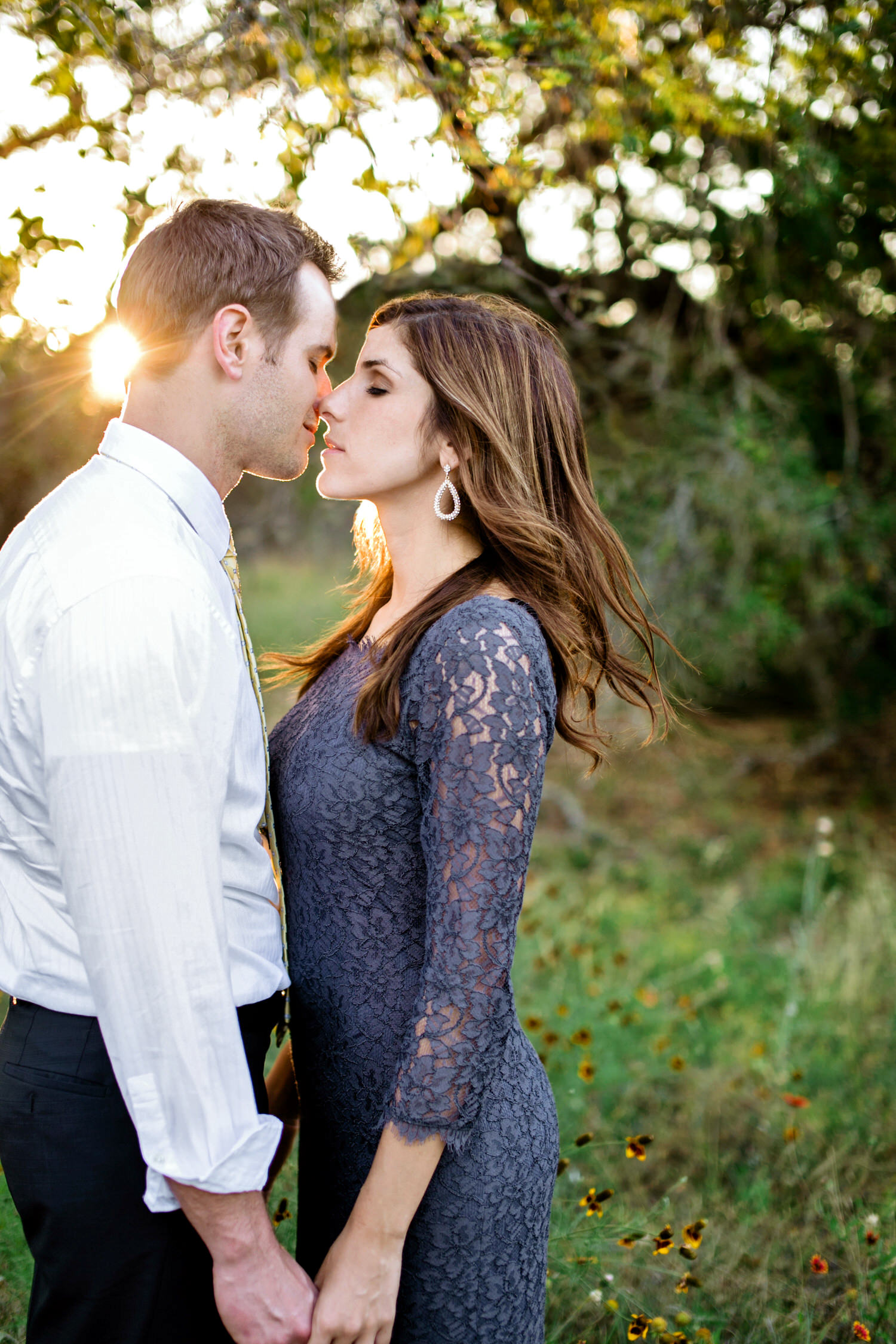 lubbock engagement kiss